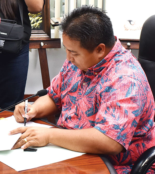 Northern Mariana Islands Gov Signing